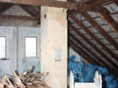 Dachstuhl-Material-Entsorgung