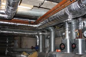 Rohrleitungen mit Isolierung