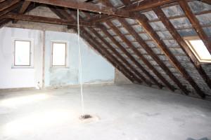 Entkernter Dachstuhl